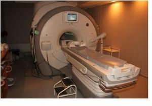 GE MRI Discovery 450 1.5T (2009 year)